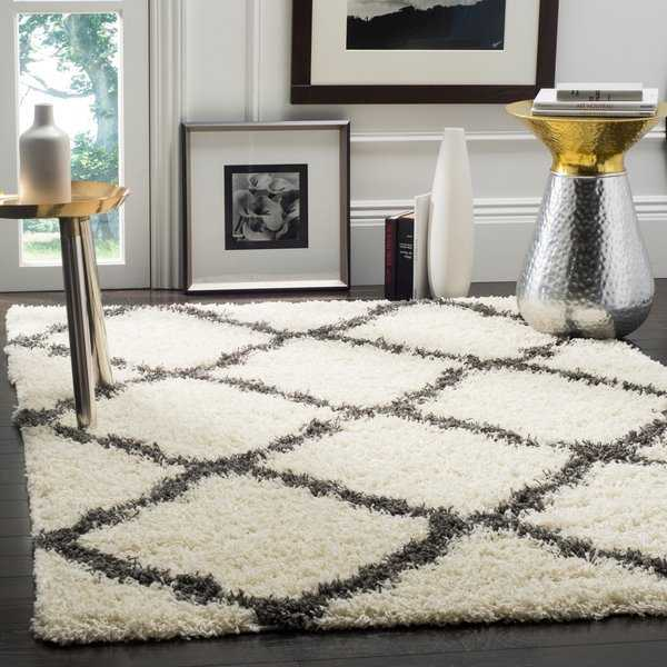 Safavieh Dallas Shag Ivory/ Dark Grey Trellis Rug - 5'1' x 7'6'