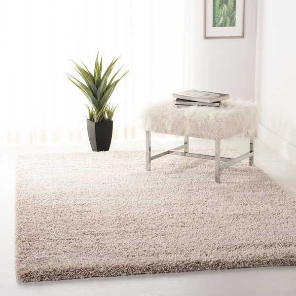 Safavieh California Cozy Plush Beige Shag Rug - 5'3' x 7'6'