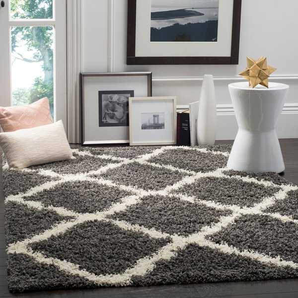 Safavieh Dallas Shag Dark Grey/ Ivory Trellis Rug - 6' x 6' Square
